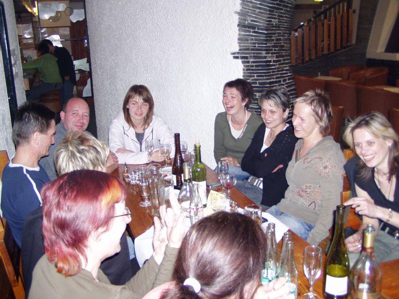 večer při vínečku